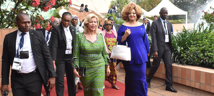AU-EU Summit in Abidjan: Mrs Chantal BIYA patronises R20 Green Fund project