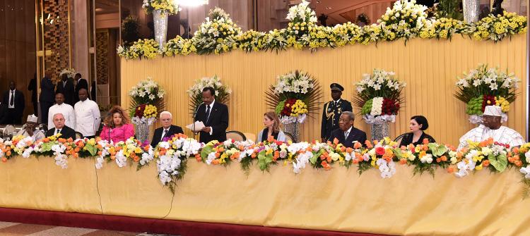 Toast de Son Excellence Paul Biya, Président de la République du Cameroun à l'occasion du dîner offert en l'honneur de S.E.M. Sergio Mattarella Président de la République italienne, le 17 mars 2016